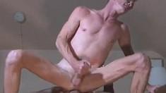 Gay hunks Sergio and Glenn savor the sweet taste of each other's dicks